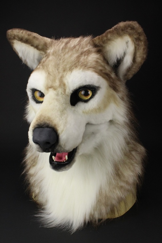 fursuit wolf head mask made with dreamvision creation parts